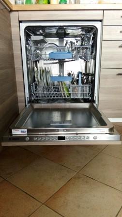 Cuisine ikea metod coup de gueule sur les fixations de lave vaisselle int g - Ikea plinthe cuisine ...