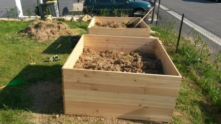 nos potagers au carr diy fait maison notre maison rt2012 par trecobat. Black Bedroom Furniture Sets. Home Design Ideas