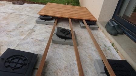 construire sa terrasse sur de la terre meuble notre. Black Bedroom Furniture Sets. Home Design Ideas