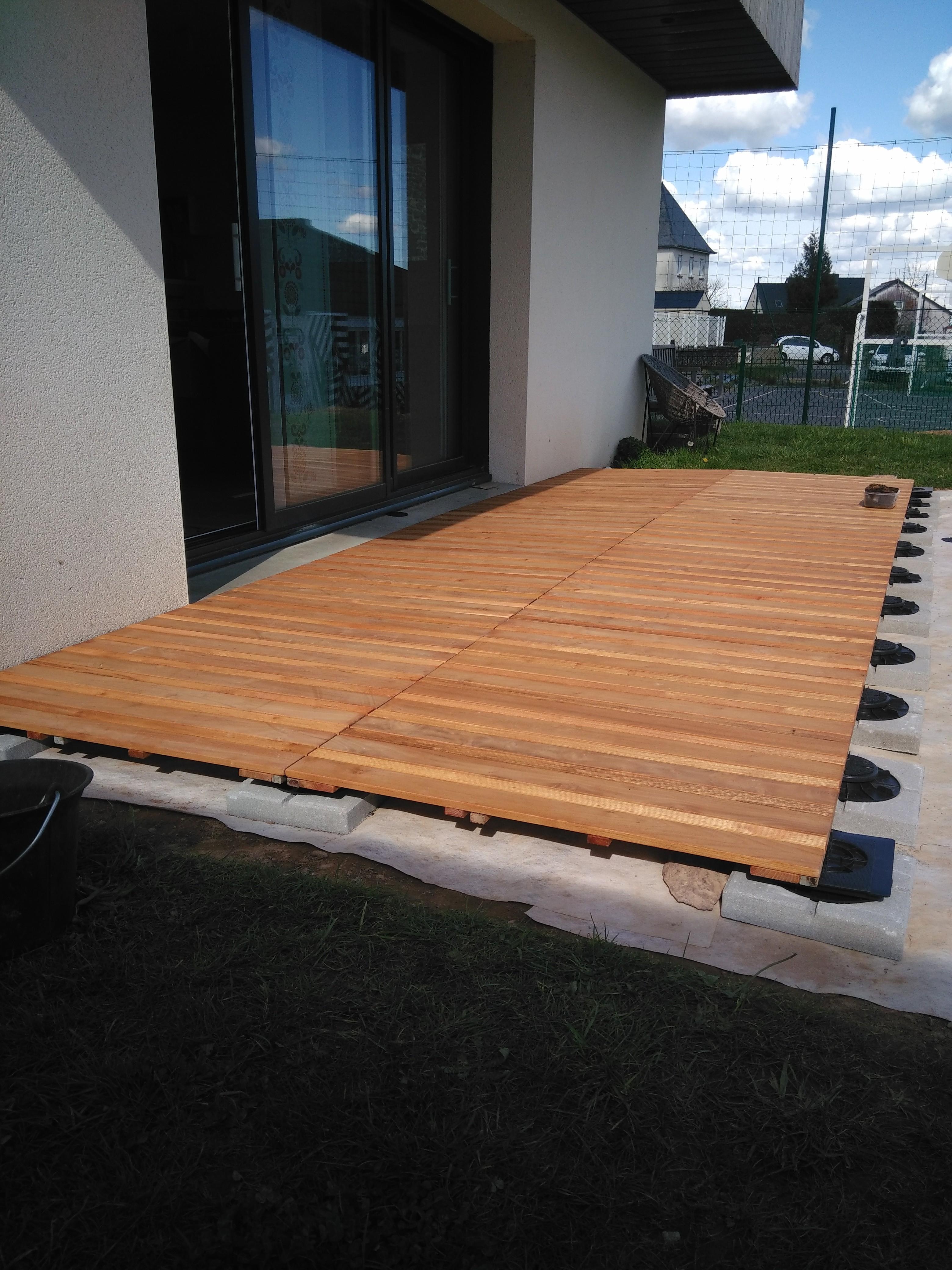 Construire sa terrasse sur de la terre meuble  Notre maison RT2012